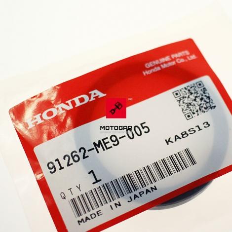 Uszczelniacz dyferencjału wału kardana Honda VT 750 1100 Shadow NT 650 700 Deauville [OEM: 91262ME9005]