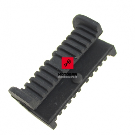 Guma mocowania baku Suzuki VX 800 GSX 1100 RF 600 900 RGV 250 [OEM: 4451132C02]