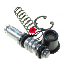 Zestaw naprawczy pompy hamulca Suzuki VS TS DR DRZ przód [OEM: 6960038810]