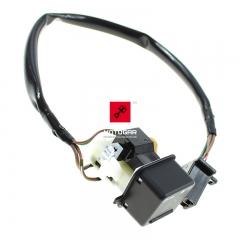 Włącznik świateł przeciwmgłowych Honda VFR 1200 CrossTourer GL 1800 [OEM: 08332MGSP00]