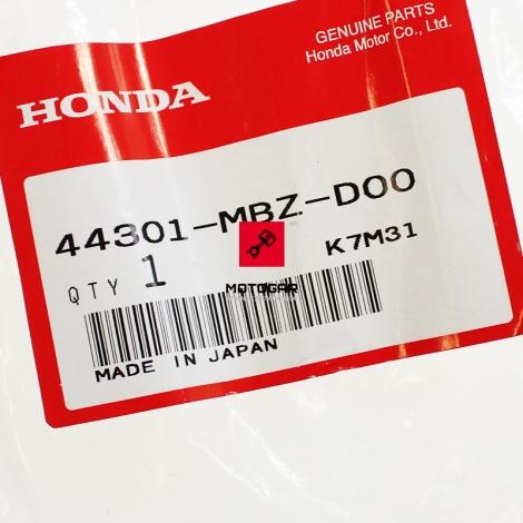 Oś koła Honda CB 600 VFR 800 CBF 600 1000 przednia [OEM: 44301MBZD00]