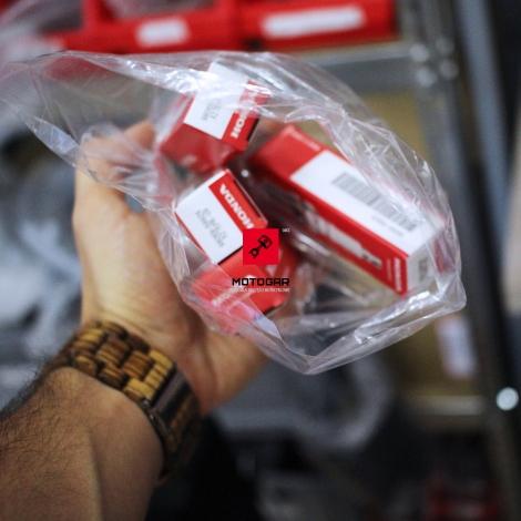 Świeca zapłonowa Honda CBF 125 2009-2011 [OEM: 31906KTE911]