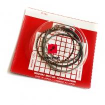 Pierścienie, zestaw pierścieni Suzuki VL 125 Intruder [OEM: 1214026F00]