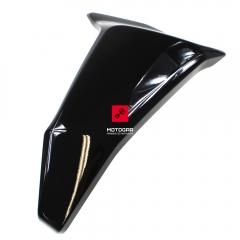 Osłona chłodnicy Ducati Hypermotard 950SP 2019-2020 prawa czarna [OEM: 48216803AA]