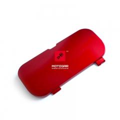 Zaślepka rączki uchwytu pasażera Honda VFR 800 prawa czerwona [OEM: 77216MCWD00ZK]